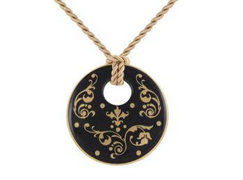 Fekete barokk kerek medál
