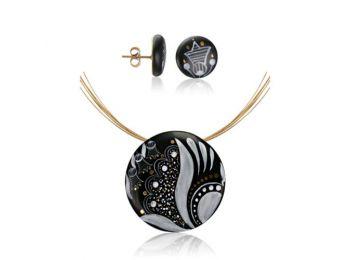 Fekete sárközi nagy kerek medál bedugós fülbevalóval