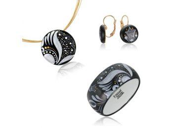 Fekete sárközi kis kerek medál franciakapcsos fülbevaló