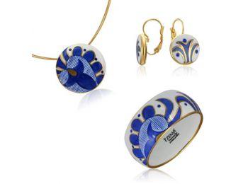 Kék mintás sárközi kis kerek medál franciakapcsos fülbevalóval és karkötővel