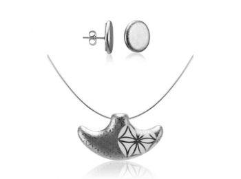 Bronzkori platina kis medál bedugós fülbevalóval