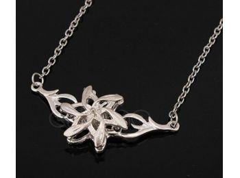 Gyűrűk Ura Galadriel virágos nyaklánca #2