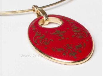 Piros barokk ovális medál lánccal